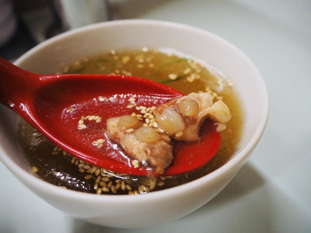 豚軟骨スープ