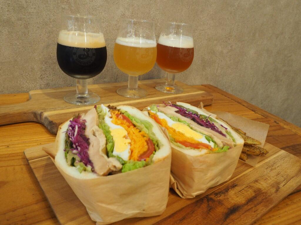 サンドイッチとクラフトビール